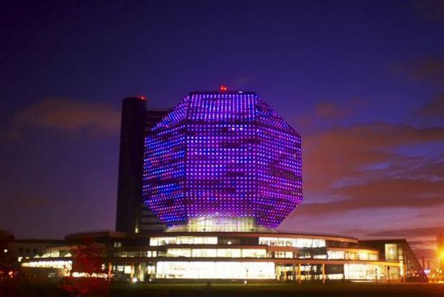 17 33 worlds top strangest buildings national library belarus1
