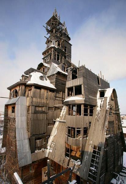 33 33 worlds top strangest buildings gangsterhouse