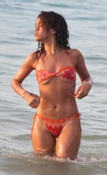 Rihanna 15 Wenn3667029
