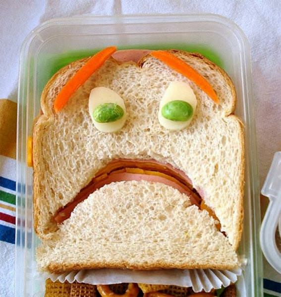 Terrified 576x610 The art of the sandwich (14 pics)