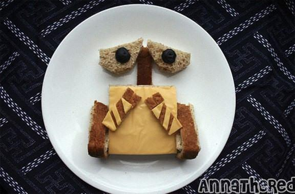 Wall E 576x379 The art of the sandwich (14 pics)