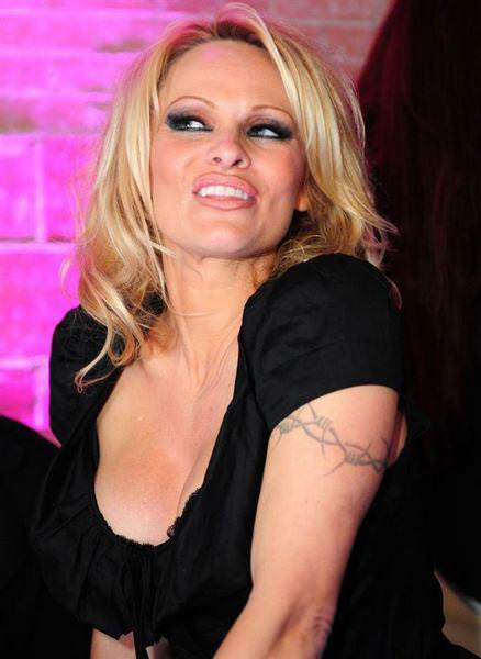 celebrity_tattoos-12