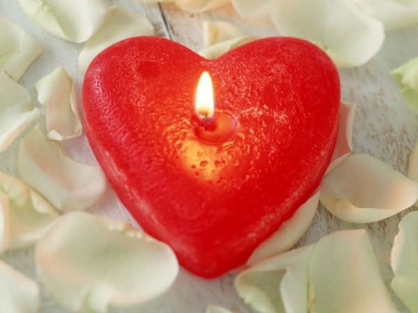 Ws heart shaped candle 1024x768