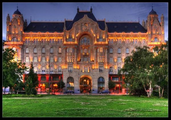 Gresham Palace Budapest Hungary 600x423