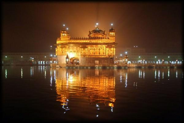 The Golden Temple Amritsar India 600x400