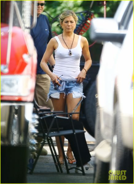 Jennifer Aniston Were The Millers In Wilmington 05