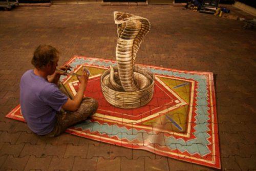 Αυτά τα δημοφιλή έργα του Ολλανδού καλλιτέχνη Leon Keer είναι όλη η οργή στην Ευρώπη. Συχνά παίρνει ανατέθηκε από μεγάλες εταιρείες όπως η Coca-Cola, Red Bull και της Heineken για τη δημιουργία 3D διαφημίσεις στο δρόμο. Έλεγχος έξω περισσότερα από την εργασία του στην σελίδα Flickr του ΕΔΩ