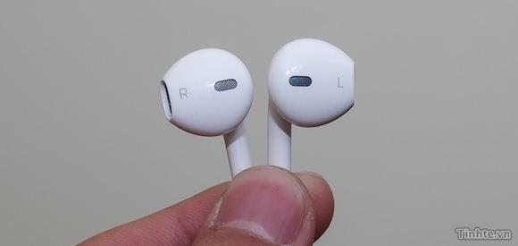 Redesigned headphones for new iPhone 6th gen