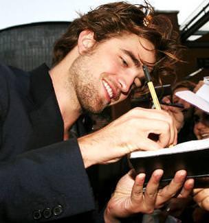 Robert Pattinson14205e