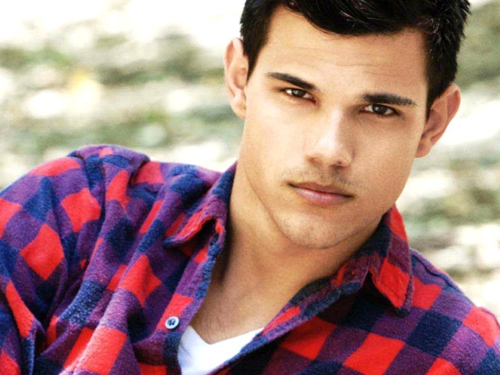 Taylor Lautner Wallpaper Taylor Lautner 27265606 1024 768