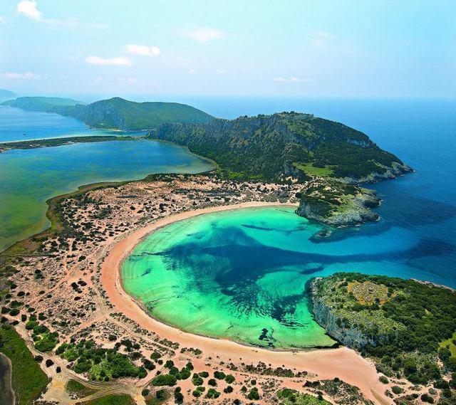 Οι 10 καλύτερες παραλίες της Ελλάδας από το travelstyle.gr