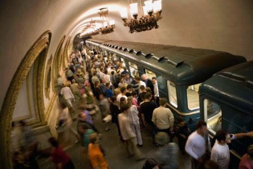 Στάση Kievskaya στο Μετρό της Μόσχας ((c) Frans Lemmens/The Image Bank/Getty Images)