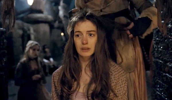 anne-hathaway-crying-les-miserables-fantine