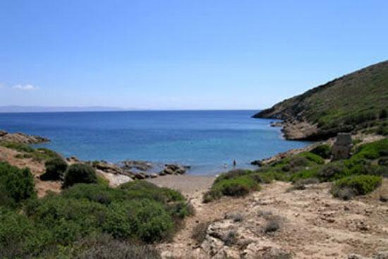 Οι 10 καλύτερες παραλίες της Αττικής (4)