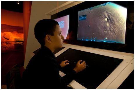 13. Mars Explorer_DF.3890