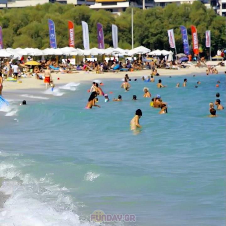 Οι Κατάλληλες Παραλίες της Αττικής για Μπάνιο
